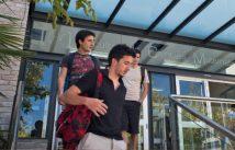 Alumnes sortint de la Facultat de Ciències Matemàtiques.